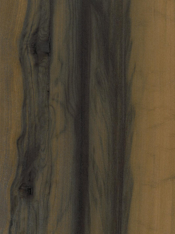 Walnut Quarter Cut Fume Red Gum