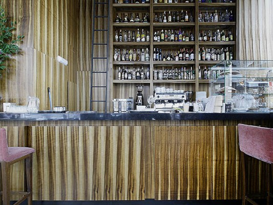 Grissard veneer at café Fika